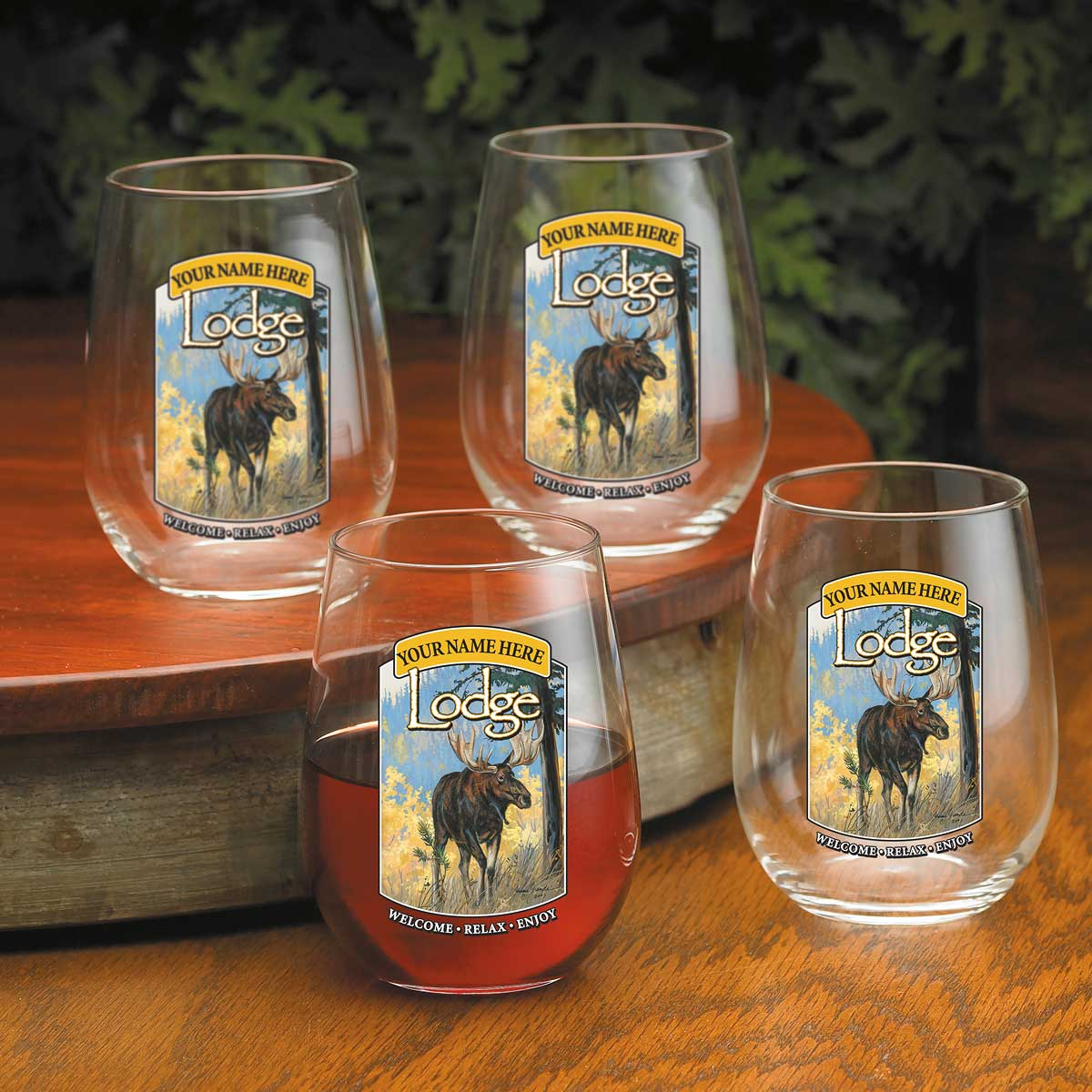 8722615505: Moose Lodge Personalized Wine Glasses (Set of 4)