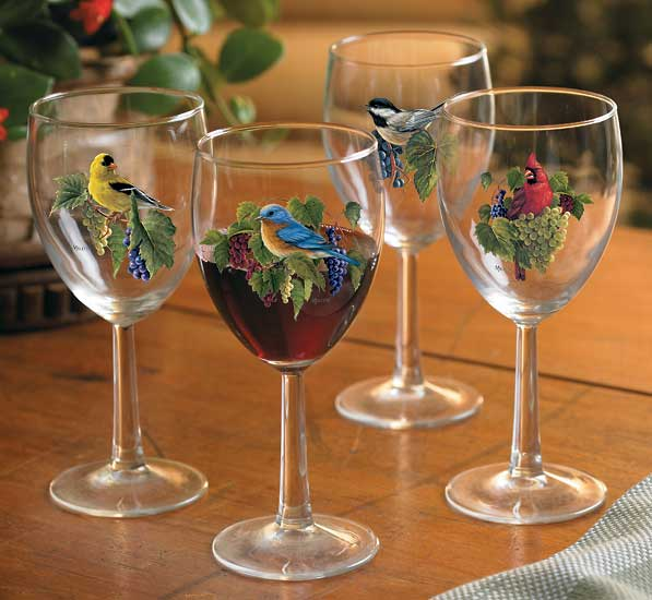 8722730904: Vinyard Songbirds White Wine Glasses (Set of 4)