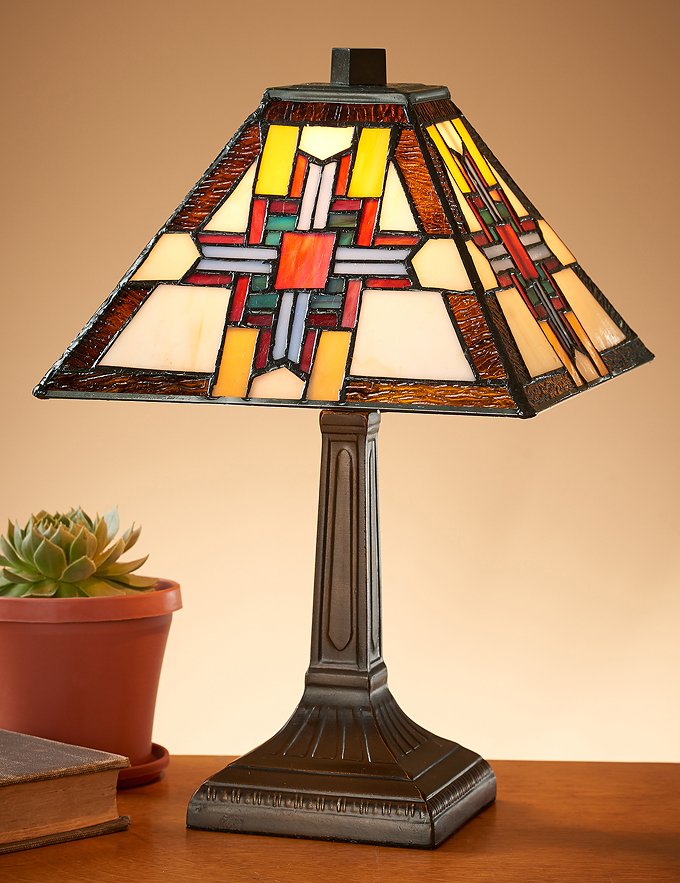 5192718201: Day Star Tiffany Table Lamp
