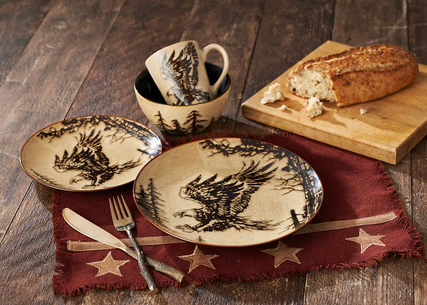 8897133201: Eagle Dinnerware Set