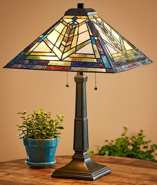 5607401501: Prismatic Table Lamp