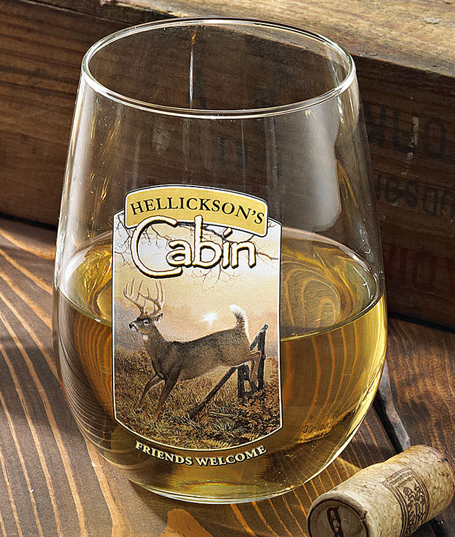 8722615605: Whitetail Deer Cabin Personalized Wine Glasses (Set of 4)
