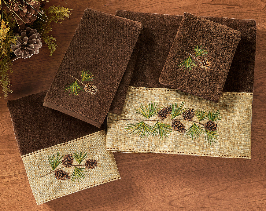 4060619102: Pine Branch Hand Towel