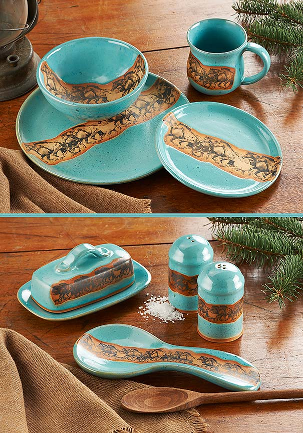 8081868101IG: Wild Horses Dinnerware Collection